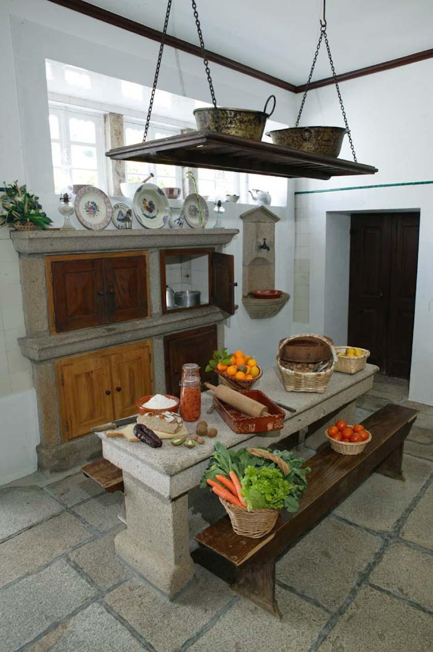 detalhes-interior-cozinha-paco_calheiros-turismo-habitacao-2